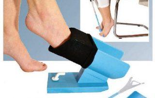 sock aid device