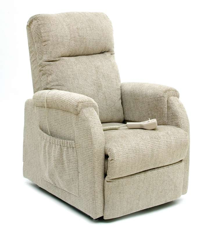 Small Recliner Chair (C1 Petite)